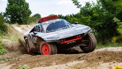 أودي تختبر المستقبل بسيارة RS Q e-tron الكهربائية في رالي داكار